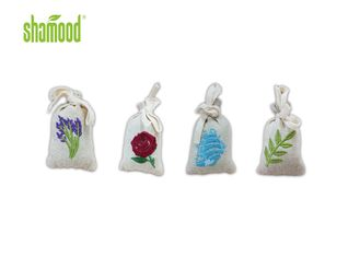 China In Car Bag Air Freshener Solid Ploymer Perdume Four Scents With Hanging Strings supplier